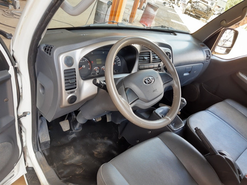 kia bongo 2.5 std 4x2 rs turbo s/ carroceria 2p 2018