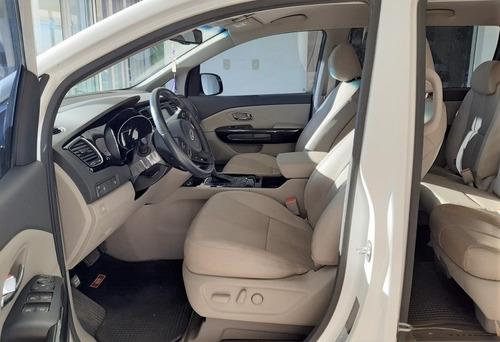 kia carnival 2.2 turbodiesel 11 asientos premium 2018