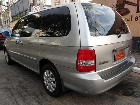 kia carnival 2.5 v6 7l aut. 2004