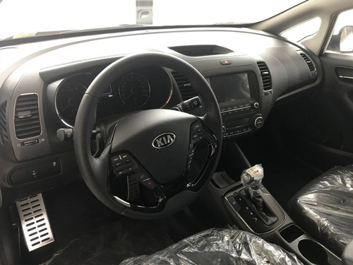 kia cerato 2.0 sx at6 2018 permuto mayor menor valor