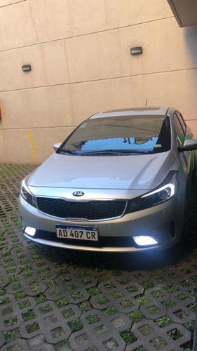 kia cerato 2.0 sx at6 4 p 2019