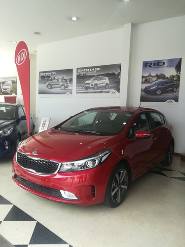 kia cerato 2018 hatchback 2.0 sx