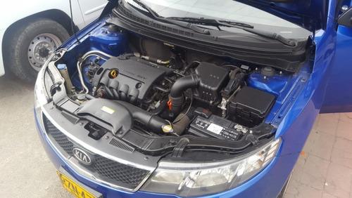 kia cerato forte automático 1600 cc  2010