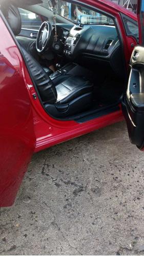 kia cerato hatchback full equipo  u11.500 dolares