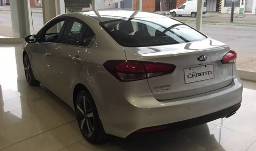 kia cerato sx sedan 2.0 at 2018 contado - financiado (m) 14