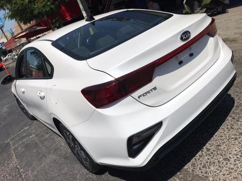 kia forte 2.0 lx m/t sedan 2020  como nuevo!! reestrena