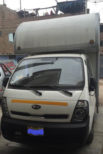 kia furgon k2500 furgon revestido totalmente de acero inox..