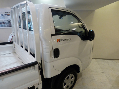 kia k2500 2018 0 km con caja y aire