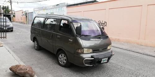 kia minibus pregio 12 pasajeros