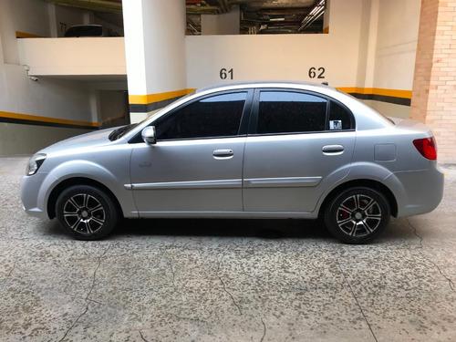 kia new rio xcite ,1.400cc, mt  modelo 2012 , permuto