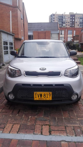 kia new soul lx - 1.6 - 2016 - plata- 5 puertas