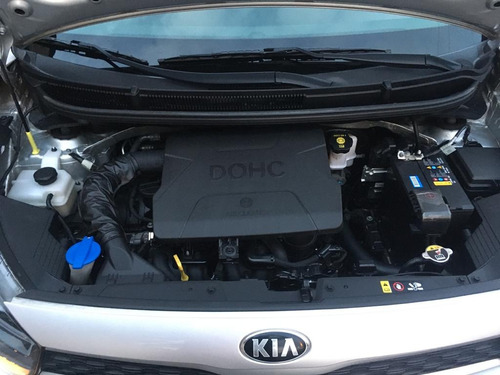 kia picanto motor 1.2  version full (2018)