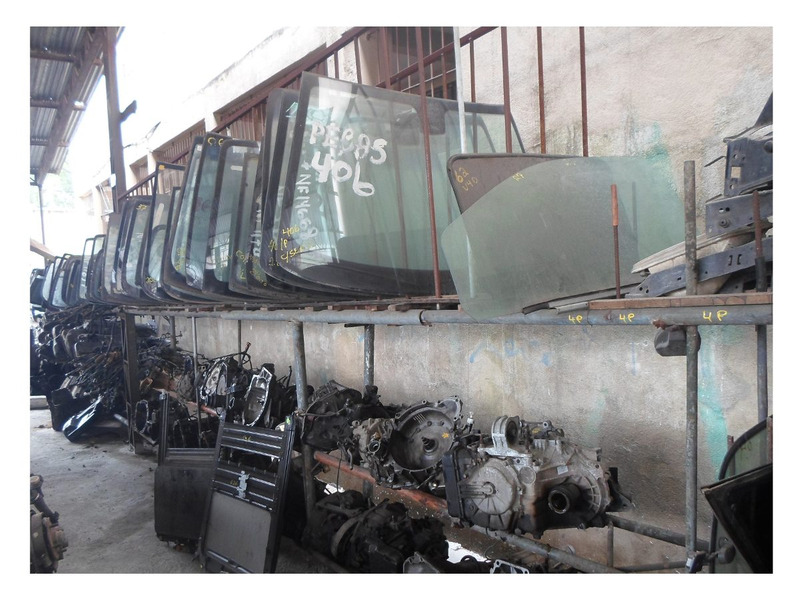kia rio 2000 importado sucata para retirar peças