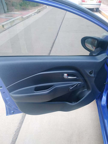 kia rio 2012. azul electrico 5 puertas semi full