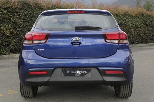 kia rio 2019 hatchback azul mecánico nuevo medellín