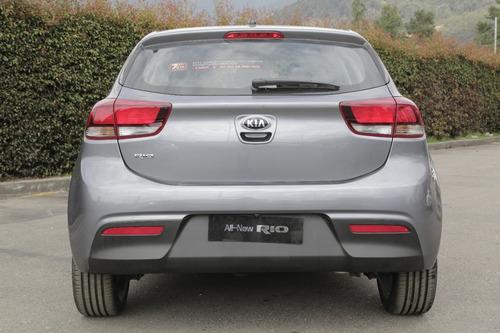 kia rio 2020 hatchback gris mecánico nuevo medellín