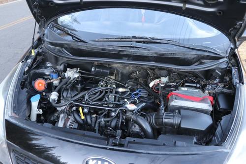 kia rio color negro  motor: 1.248