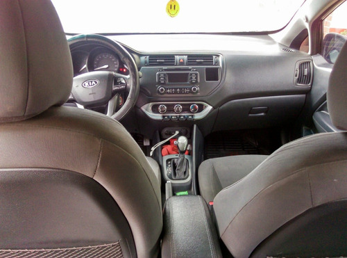 kia rio full (sunroof)