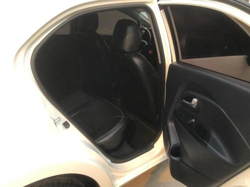 kia rio hatchback deportivo 2014 como nuevo