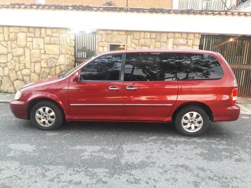 kia sedona 2005 color rojo