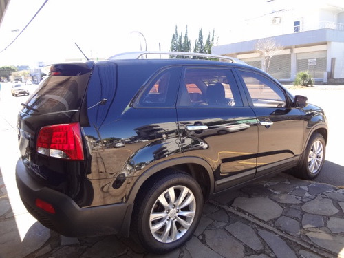 kia sorento 2.4 ex 7l 4x2 aut. 2011