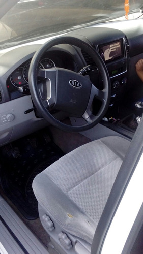 kia sorento año 2008, manual, combustible diesel