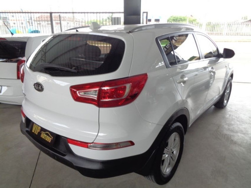 kia sportage lx 2.0 at