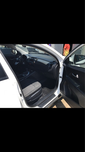kia sportage semi full 2011