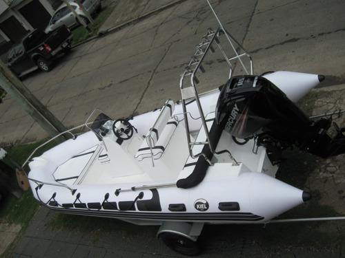 kiel 5,6 m  con mercury 90 hp 4 tiempos dolar billete