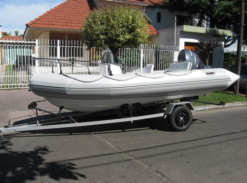 kiel matrizado 4,6 con mercury 40 hp super 3 cil electrico