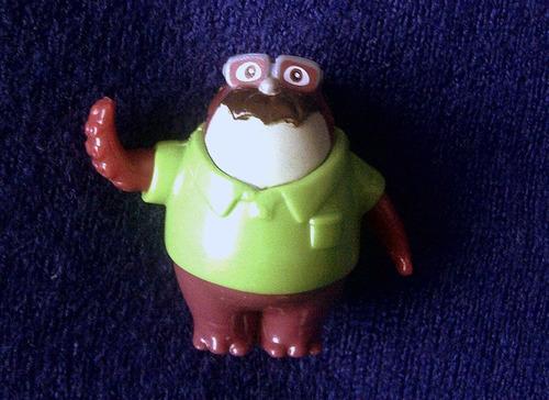 kinder monsters university sullivan disney coleccion