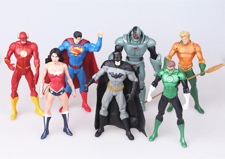 996b0e10f5193 Kit 07 Bonecos Dc Comics - Superman Batman Mulher Maravilha - R  164 ...