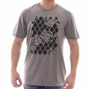 8946846e30 Chuck Noia Oakley - Camisetas e Blusas no Mercado Livre Brasil