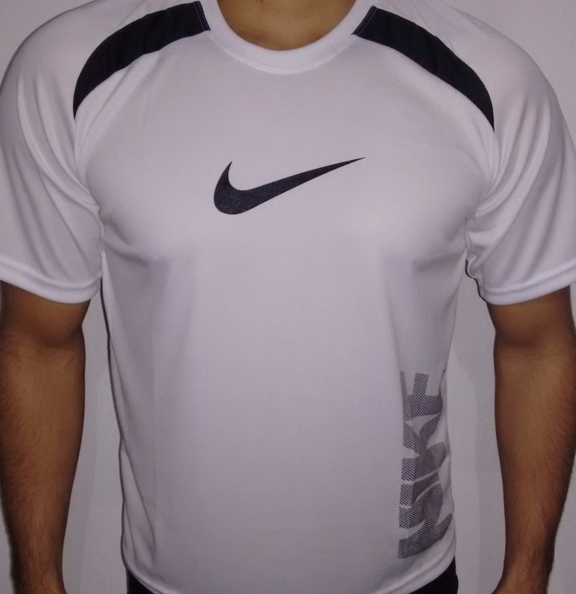 91455e6ca Kit 10 Camisetas Dry Fit Poliester Academia Corrida. - R  130