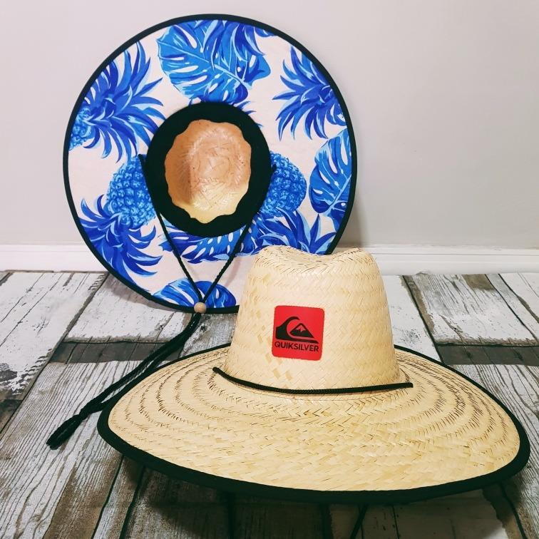 1e0583f699aaf Kit 10 Chapéu De Palha Surf Estampado Moda Praia Verão 2019 - R  489 ...