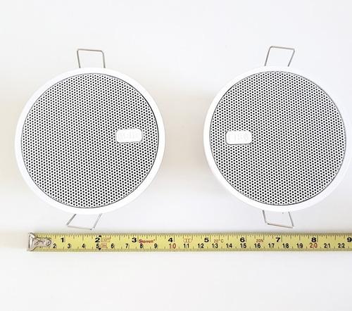 kit 2 arandelas c/ falantes 2,5  para embutir c/ presilha