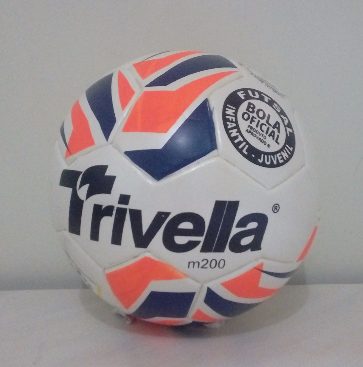 9d9b2816c3 kit 2 bolas de futsal max 200 infantil trivella brasil gold. Carregando zoom .