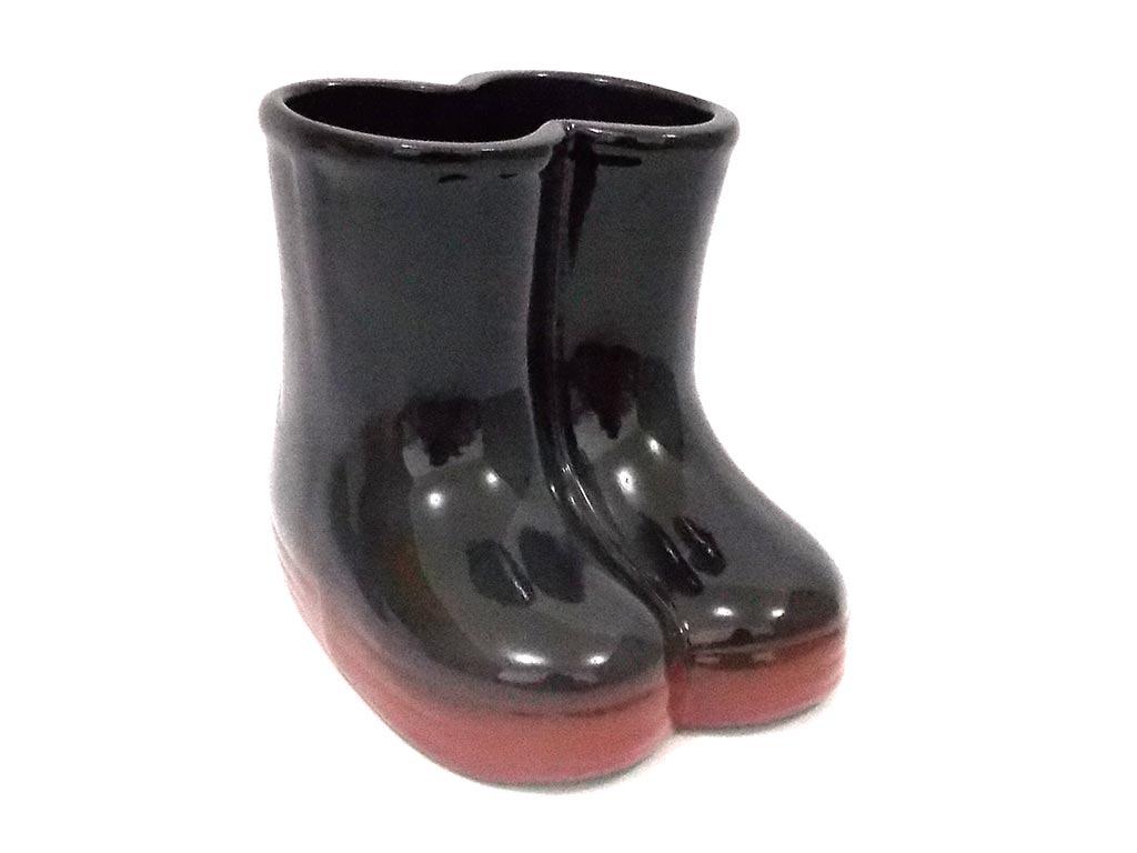 1ee8b4185ac kit 2x decoração vaso vasinho cerâmica galocha botinha preta. Carregando  zoom.