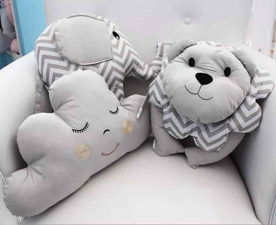 b521b7c89333 Kit 3 Almofada Decorativa Bebê Nuvem Leao Elefante Chevron - R$ 69 ...
