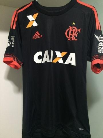 7a30d28e00 Kit 3 Camisas Flamengo Tamanho M 1 Vermelha 1 Preta 1 Branco - R  94 ...