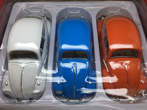 kit  3 fusca escala 1/18 mede 22 cm azul, branco , laranja
