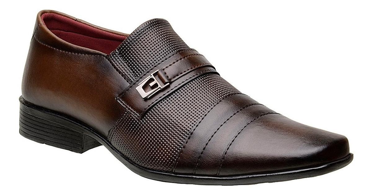 f2c6a83841 kit 3 sapatos masculinos modelos diferentes preto e marrom. Carregando zoom.