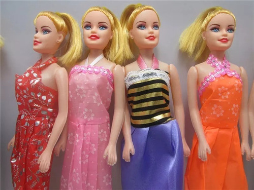 kit 30 boneca brinquedo similar barbie artesanato doação