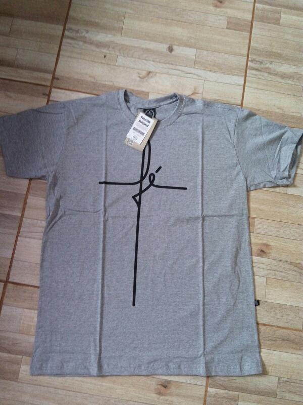 Kit 30 Camisetas Camisa Blusas Masculina De Marca Atacado - R  540 ... 893f9b0008f69