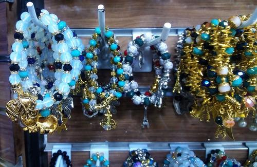 kit 30 pulseiras feminina bijuteria fina da moda atacado