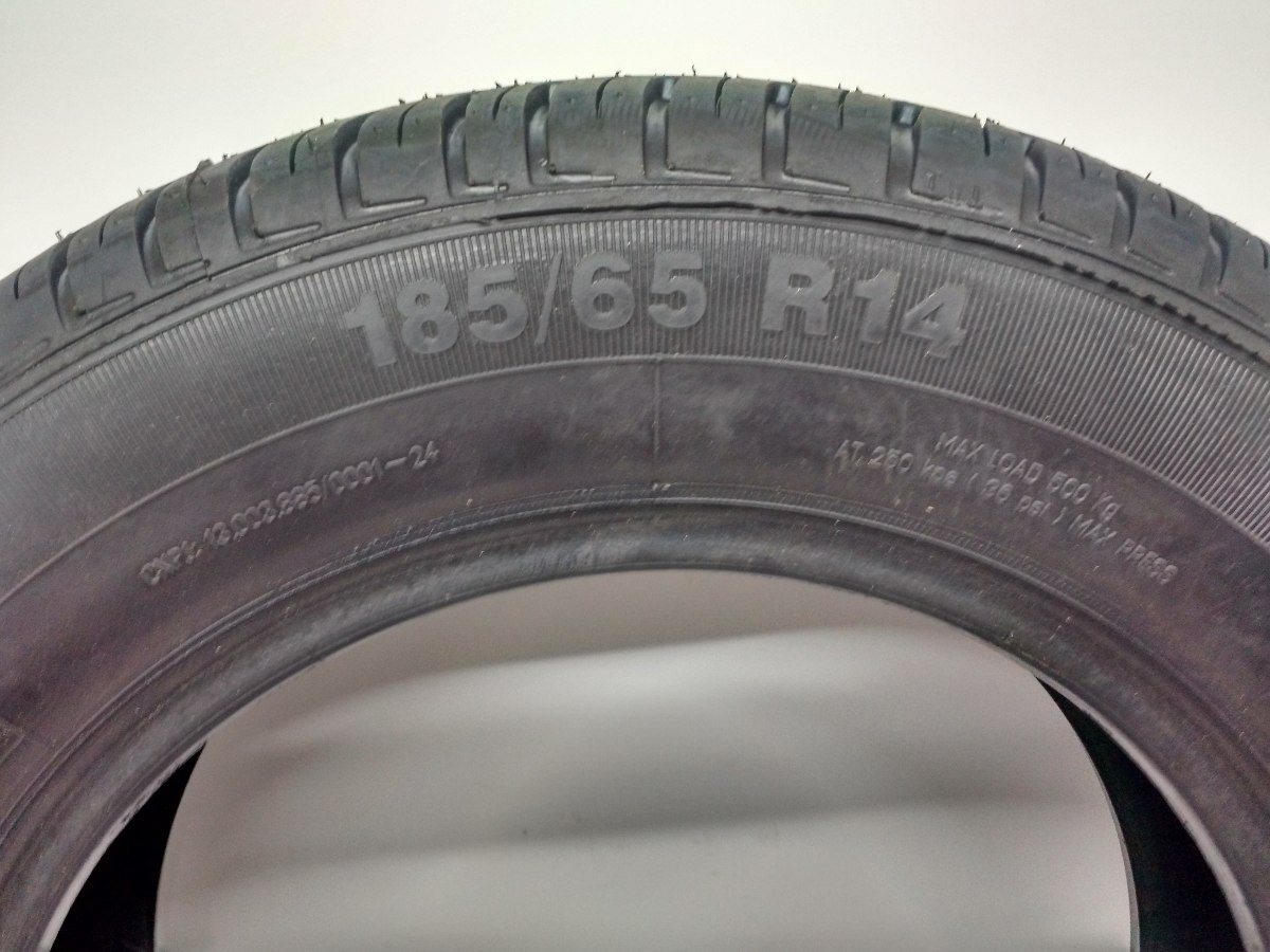 kit 4 pneus 185 65 r14 yokohama remold gol courrier strada. Black Bedroom Furniture Sets. Home Design Ideas