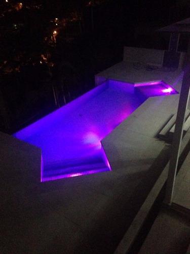 kit 4 refletor piscina +,cx de comando c/ controle remoto.