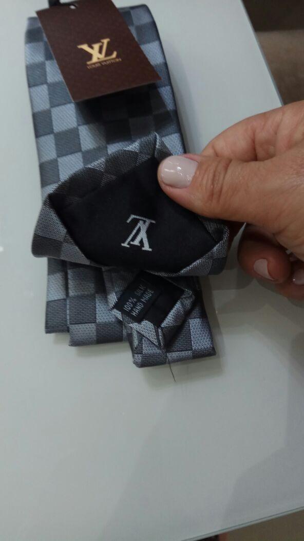 4b07d98fef708 Kit 5 Gravatas Seda Slim Grife Armani Boss Vuitton Importada - R ...