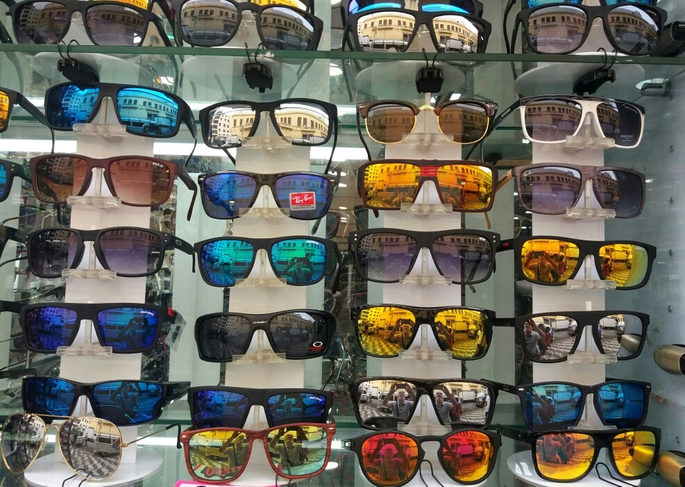 66db9e541aa82 kit 5 óculos masculinos oakley holbrook 100 % polarizado. Carregando zoom.
