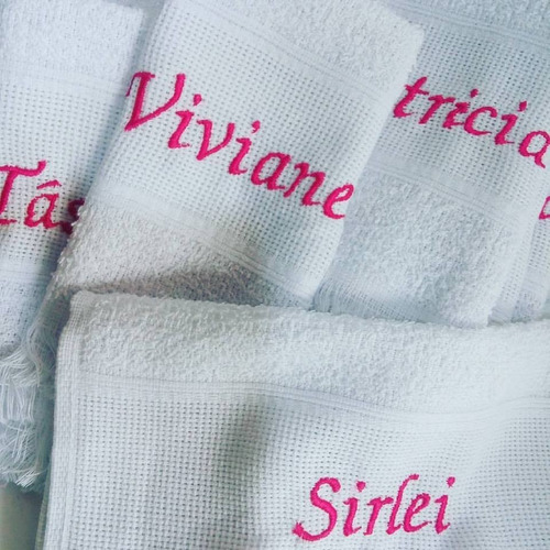 kit 50 toalhas c/ nome ou inicial ou 1 frase feliz natal